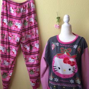 Hello Kitty Christmas Pajamas! Size xXL 18/20